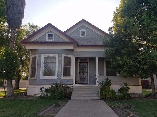 2521 Logan Street, Selma, CA - USA (photo 1)