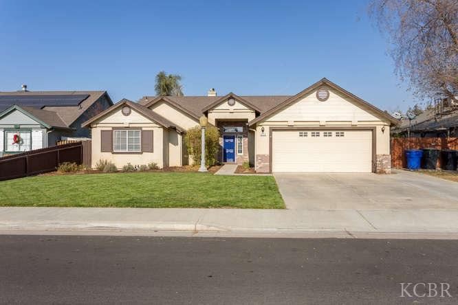526 W White Oak Drive, Hanford, CA - USA (photo 1)