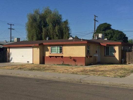 1613 James Street, Sanger, CA - USA (photo 1)