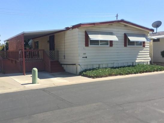 1218 E Cleveland Avenue 126, Madera, CA - USA (photo 1)