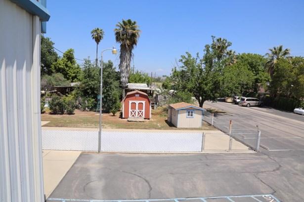 23191 Clayton Avenue, Reedley, CA - USA (photo 2)