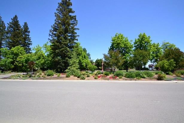2221 W Thomason Place, Fresno, CA - USA (photo 1)