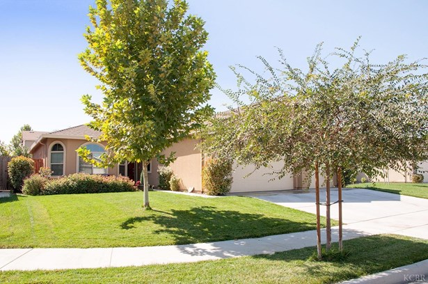 4005 E Laura Avenue, Visalia, CA - USA (photo 1)