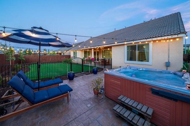 6526 W Modoc Court, Visalia, CA - USA (photo 3)