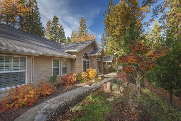 39548 Whispering Way, Oakhurst, CA - USA (photo 1)