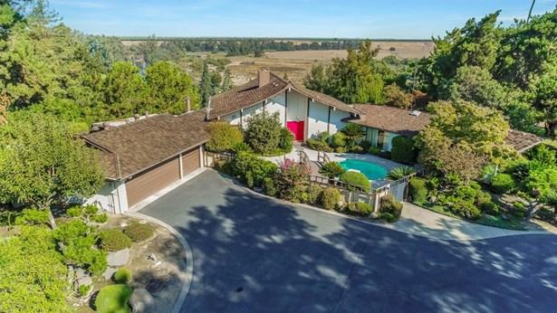 7667 N Charles Avenue, Fresno, CA - USA (photo 1)