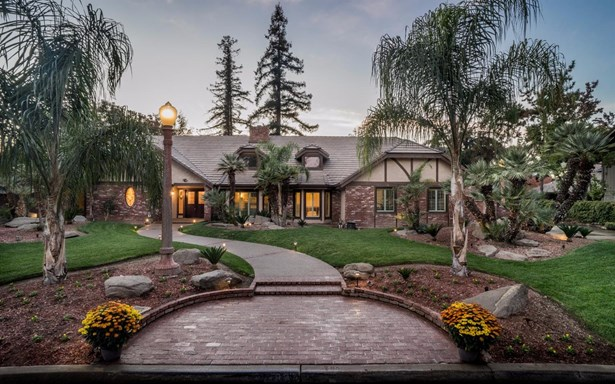 6323 N Briarwood Avenue, Fresno, CA - USA (photo 1)