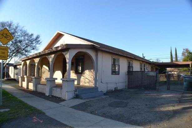 1347 E Shields Avenue, Fresno, CA - USA (photo 1)
