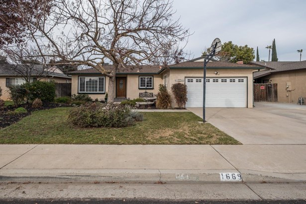 1669 Mitchell Avenue, Clovis, CA - USA (photo 1)