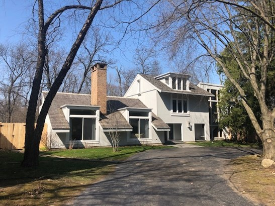 2 Stories, Contemporary - Lake Forest, IL