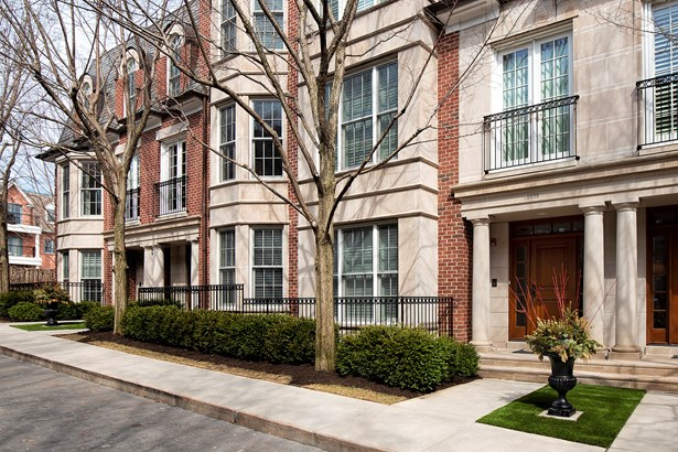 T3-townhouse 3+ Stories - LAKE FOREST, IL