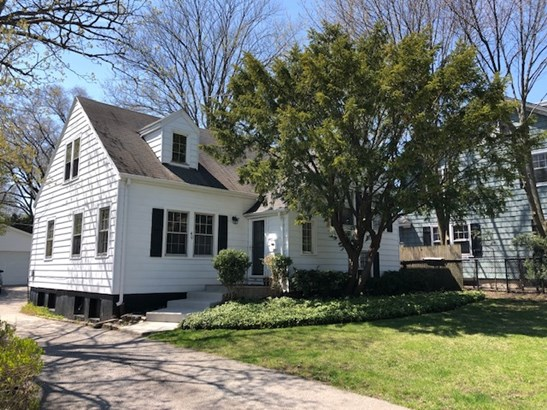 1.5 Story, Cape Cod - Lake Forest, IL