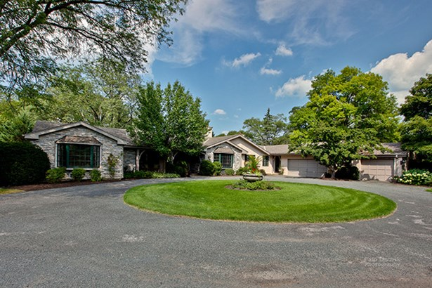 1 Story - Lake Forest, IL