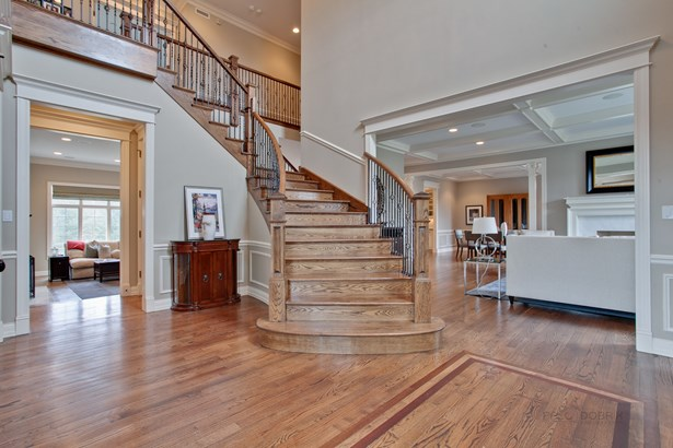 2 Stories, Traditional - Northbrook, IL (photo 2)