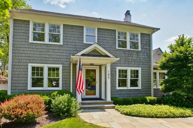 Colonial, 2 Stories - LAKE FOREST, IL