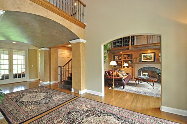 2 Stories - LAKE FOREST, IL (photo 3)