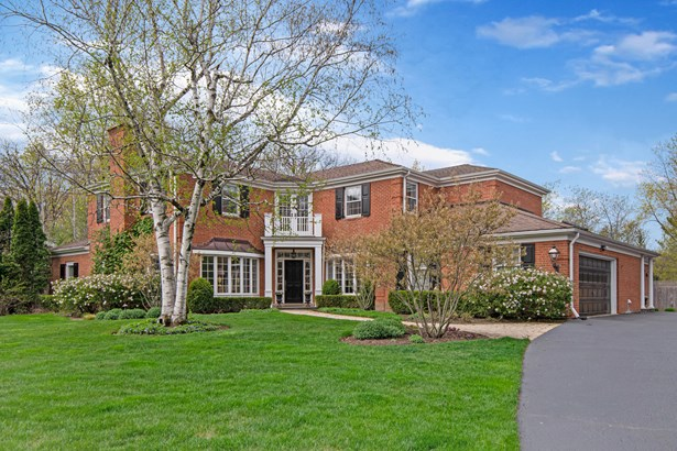 2 Stories - Lake Forest, IL