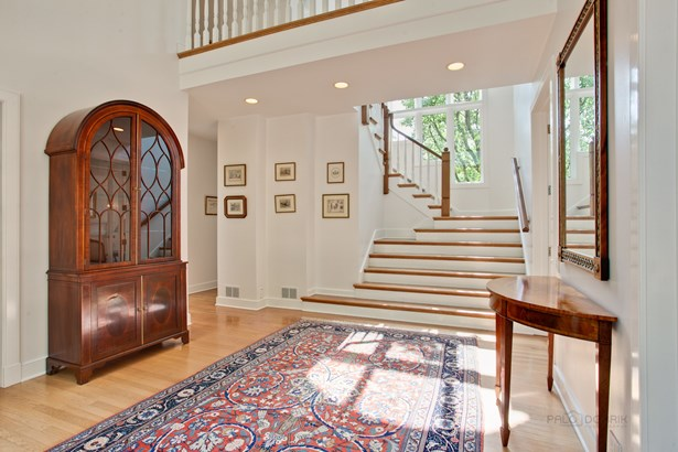 English, 2 Stories - Lake Forest, IL (photo 4)