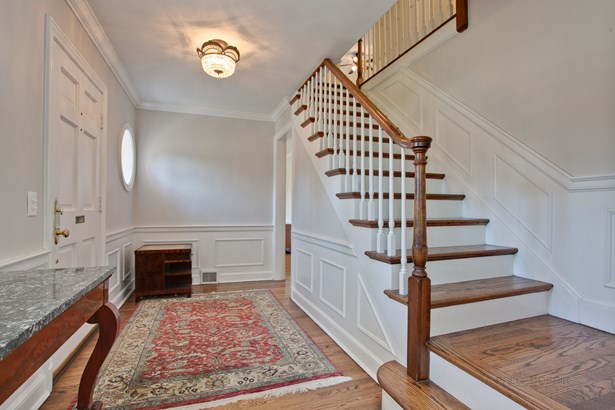Colonial, 2 Stories - LAKE BLUFF, IL (photo 5)
