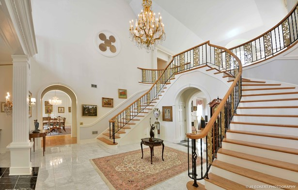 2 Stories, French Provincial - RIVERWOODS, IL (photo 4)