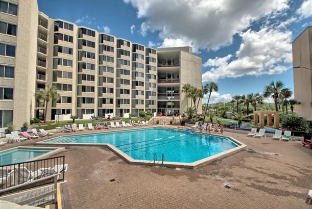Mid-rise, Condominium - Panama City Beach, FL (photo 1)