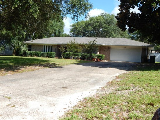 Detached Single Family, Ranch - Shalimar, FL (photo 4)