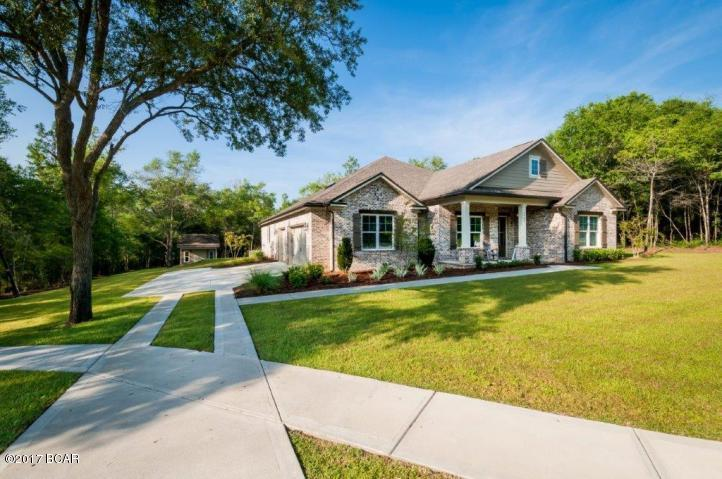 Detached Single Family, Craftsman Style - Baker, FL (photo 2)