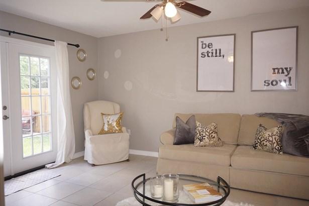 Detached Single Family, Colonial - Crestview, FL (photo 5)