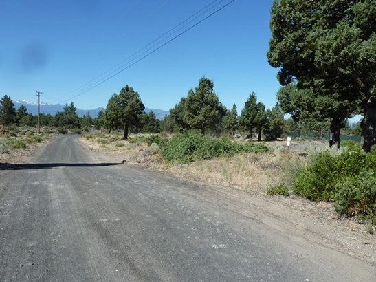 Blk 52  Lot 13 Layfield Road , Montague, CA - USA (photo 2)
