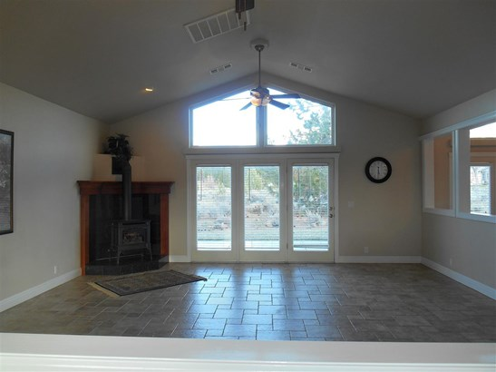 16730 Rossburg Place , Weed, CA - USA (photo 4)