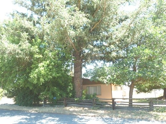 6812 First St , Greenview, CA - USA (photo 1)
