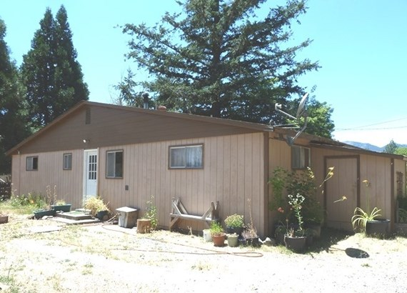 6812 First St , Greenview, CA - USA (photo 5)