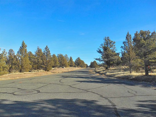 Lot 17 Wildhorse Place , Weed, CA - USA (photo 2)