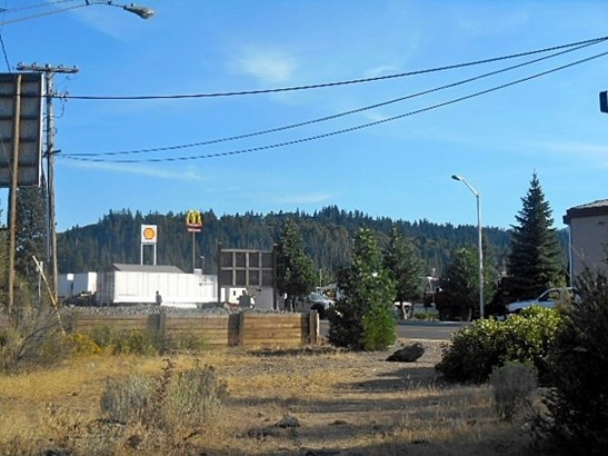 3.1 Acres Black Butte Drive , Weed, CA - USA (photo 1)