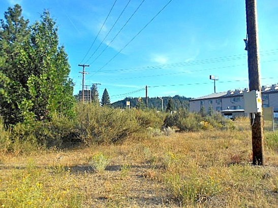 3.1 Acres Black Butte Drive , Weed, CA - USA (photo 4)