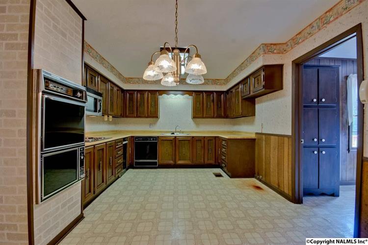 1708 Cagle Avenue, Decatur, AL - USA (photo 3)