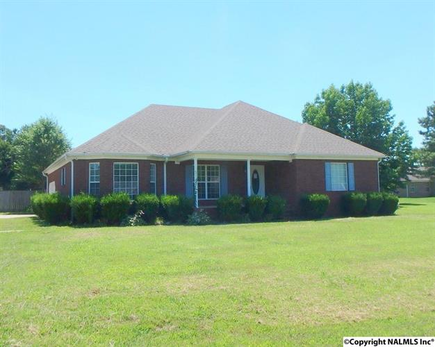 103 Duck Spring Road, Toney, AL - USA (photo 1)