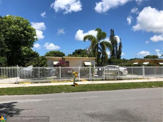 Single Family - Miami Gardens, FL