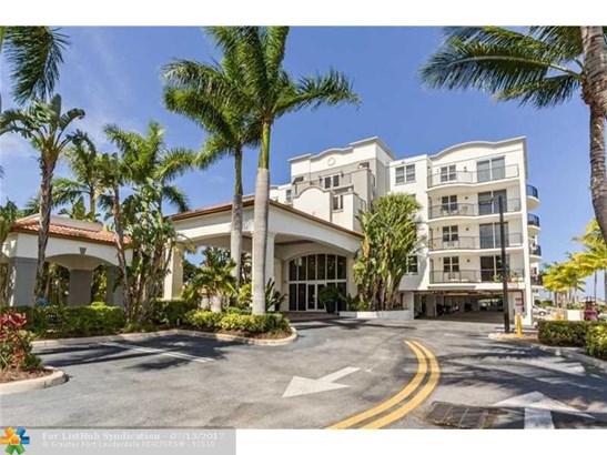 Condo/Co-Op/Villa/Townhouse, Condo 5+ Stories - Boynton Beach, FL (photo 1)