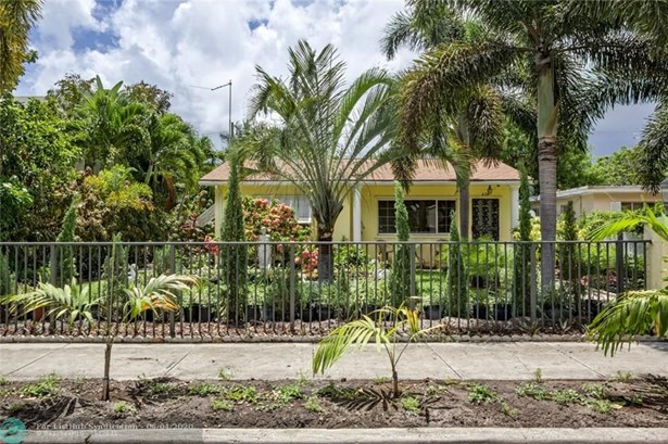 Single Family - West Palm Beach, FL