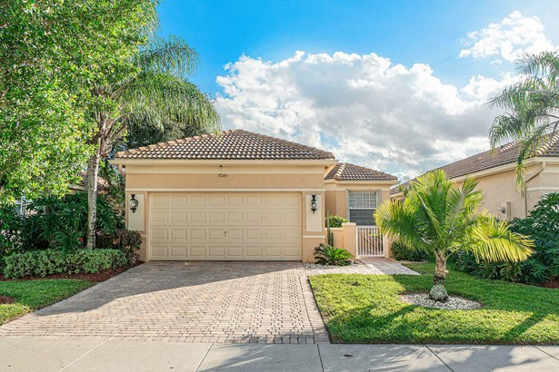 Single Family Detached, < 4 Floors - Delray Beach, FL