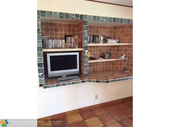 Condo/Co-Op/Villa/Townhouse, Condo 1-4 Stories - Fort Lauderdale, FL (photo 5)