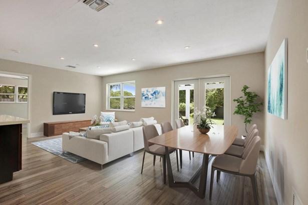 Single Family Detached, Contemporary,Mid Century,Ranch - Wilton Manors, FL (photo 2)