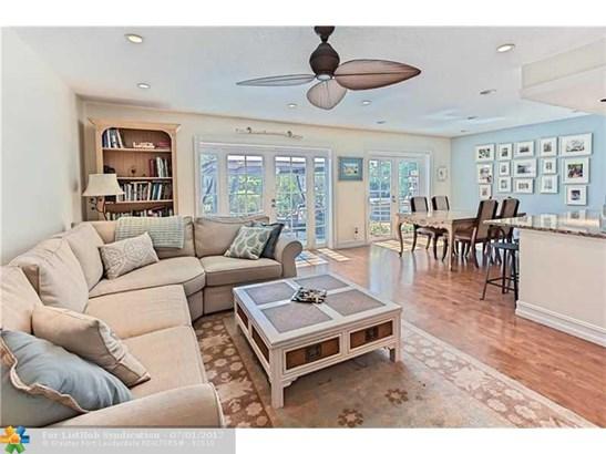 Condo/Co-Op/Villa/Townhouse, Townhouse Fee Simple - Delray Beach, FL (photo 1)