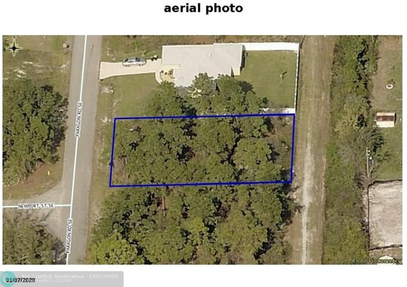 Residential Land/Boat Docks, Zoned Residential - Palm Bay, FL