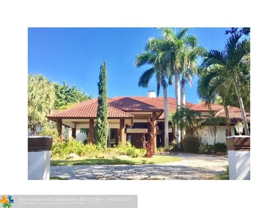 WF/Pool/No Ocean Access, Single Family - Boca Raton, FL (photo 1)