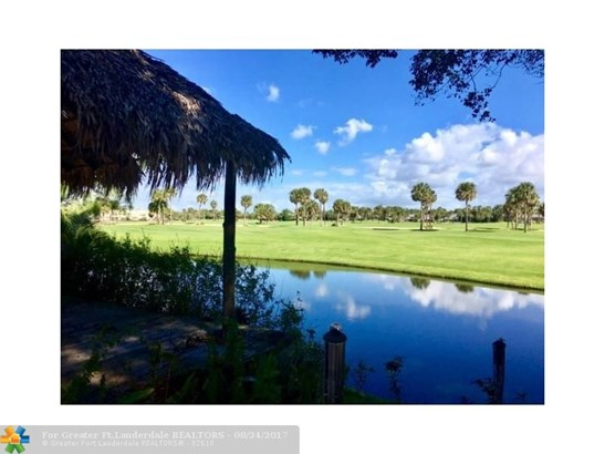 WF/Pool/No Ocean Access, Single Family - Boca Raton, FL (photo 4)