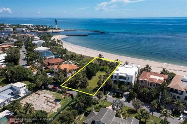 Residential Land/Boat Docks, Zoned Residential - Pompano Beach, FL