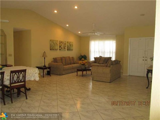 Pool Only, Single Family - Margate, FL (photo 3)