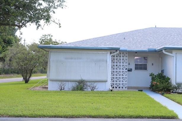 Villa, Condo/Coop - Delray Beach, FL